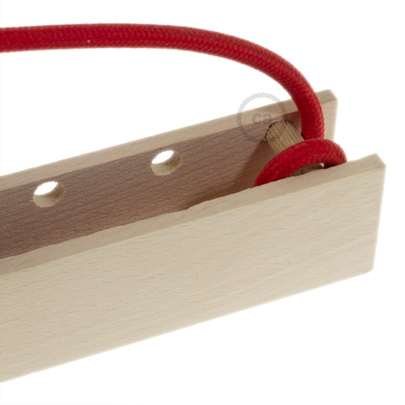Pinocchio, prispôsobiteľný drevený držiak na závesnú lampu.
