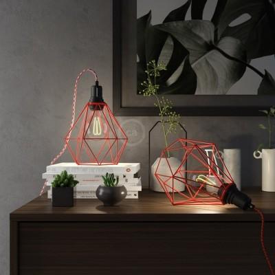 Table Snake - šnúrové svietidlo s červenou kovovou diamantovou klietkou a 2 pólovou zástrčkou