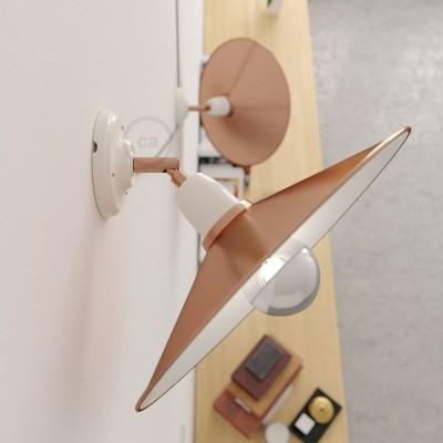 Fermaluce 90° Glam nastaviteľné porcelánové svietidlo s kovovým tienidlom Swing