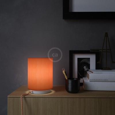 Posaluce, kovové svietidlo s valcovým tienidlom Lobster Cinette, textilným káblom, in-line vypínačom a 2-pólovou zástrčkou