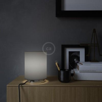 Posaluce, kovové svietidlo s valcovým tienidlom Penguin Electra, textilným káblom, in-line vypínačom a 2-pólovou zástrčkou