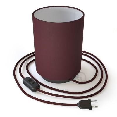 Posaluce, kovové svietidlo s bordovým plátenným valcovým tienidlom, textilným káblom, in-line vypínačom a 2-pólovou zástrčkou