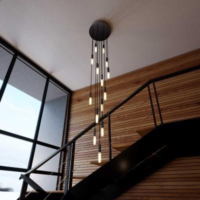 Svietidlo s 15 závesnými svetlami so žiarovkami, objímkami P-Light a rozetou Rose-One s priemerom 400 mm. Vyrobené v Taliansku.