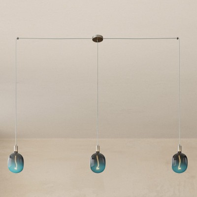 Spider - svietidlo s 3 závesnými svetlami, textilným káblom a kovovými komponentmi. Vyrobené v Taliansku.