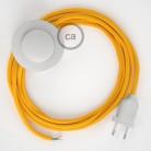 Napájací kábel pre podlahovú lampu, RM10 Žltý hodvábny 3 m. Vyberte si farbu zástrčky a vypínača.