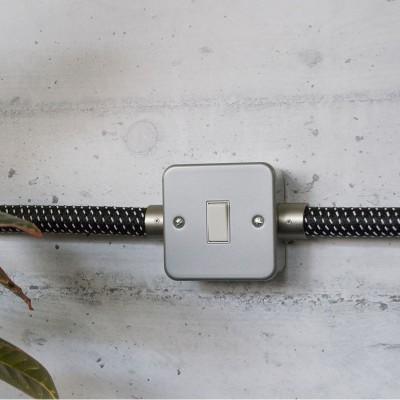 Kovová krabička pre Creative-Tube s vypínačom